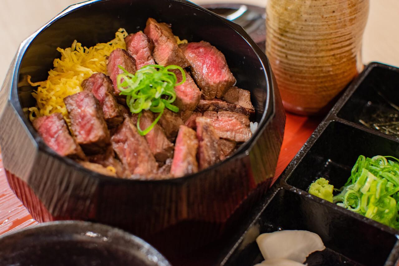 祇園 ランチ 稀 牛まぶし専門店 牛まぶし アップ4